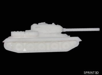 Модель танка из ПММА