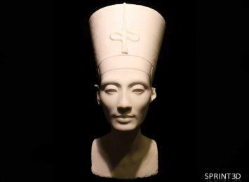 Копия скульптуры Нефертити из ПММА