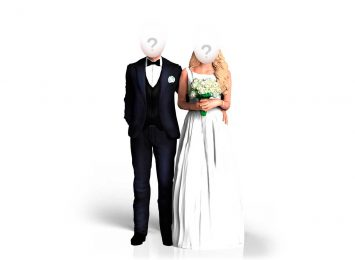Свадебная пара, муж обнимает